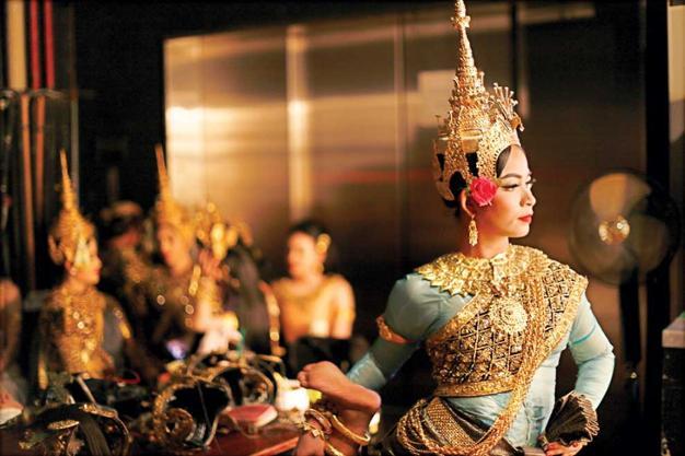 A comme Apsaras... les Danseuses célestes du Cambodge