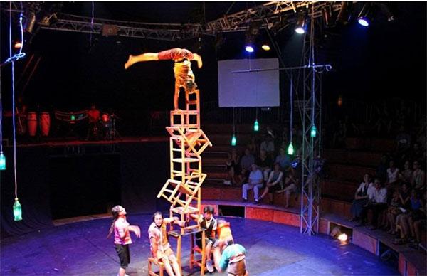 spectacle cirque Cambodge